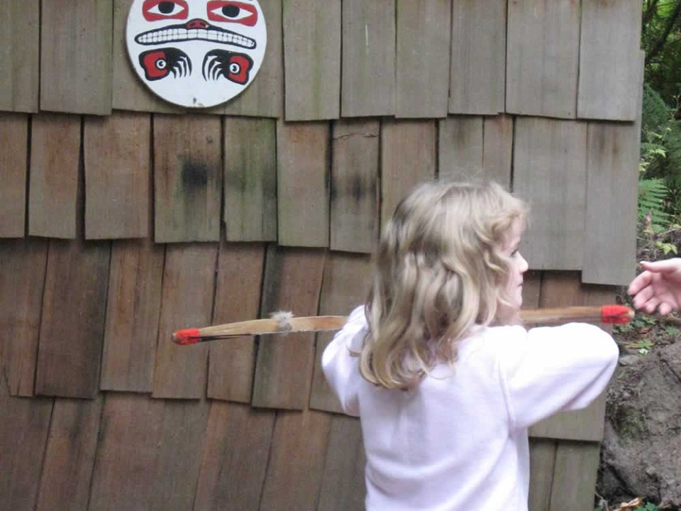 Fun crafts for kids at Ohop Indian Village Eatonville